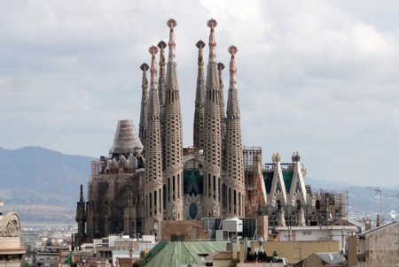 Sagrada Familia Photo by Bernard Gagnon