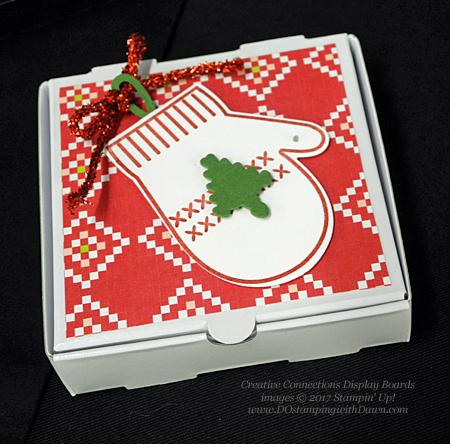Stampin' Up! Smitten Mitten bundle cards shared by Dawn Olchefske #dostamping #stampinup #handmade #cardmaking #stamping #diy #rubberstamping #christmascards #christmasquilt