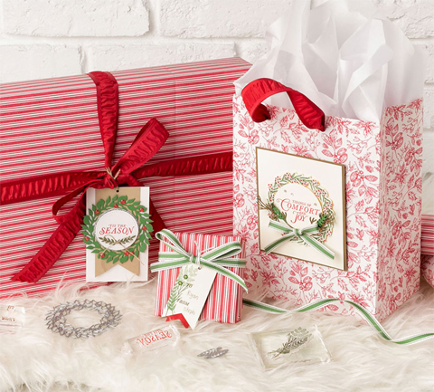 Stampin' Up! Toile Christmas Bundle and Toile Tiding Gift Wrap shared by Dawn Olchefske #dostamping #howdshedothat #stampinup #handmade #cardmaking #stamping #papercrafting